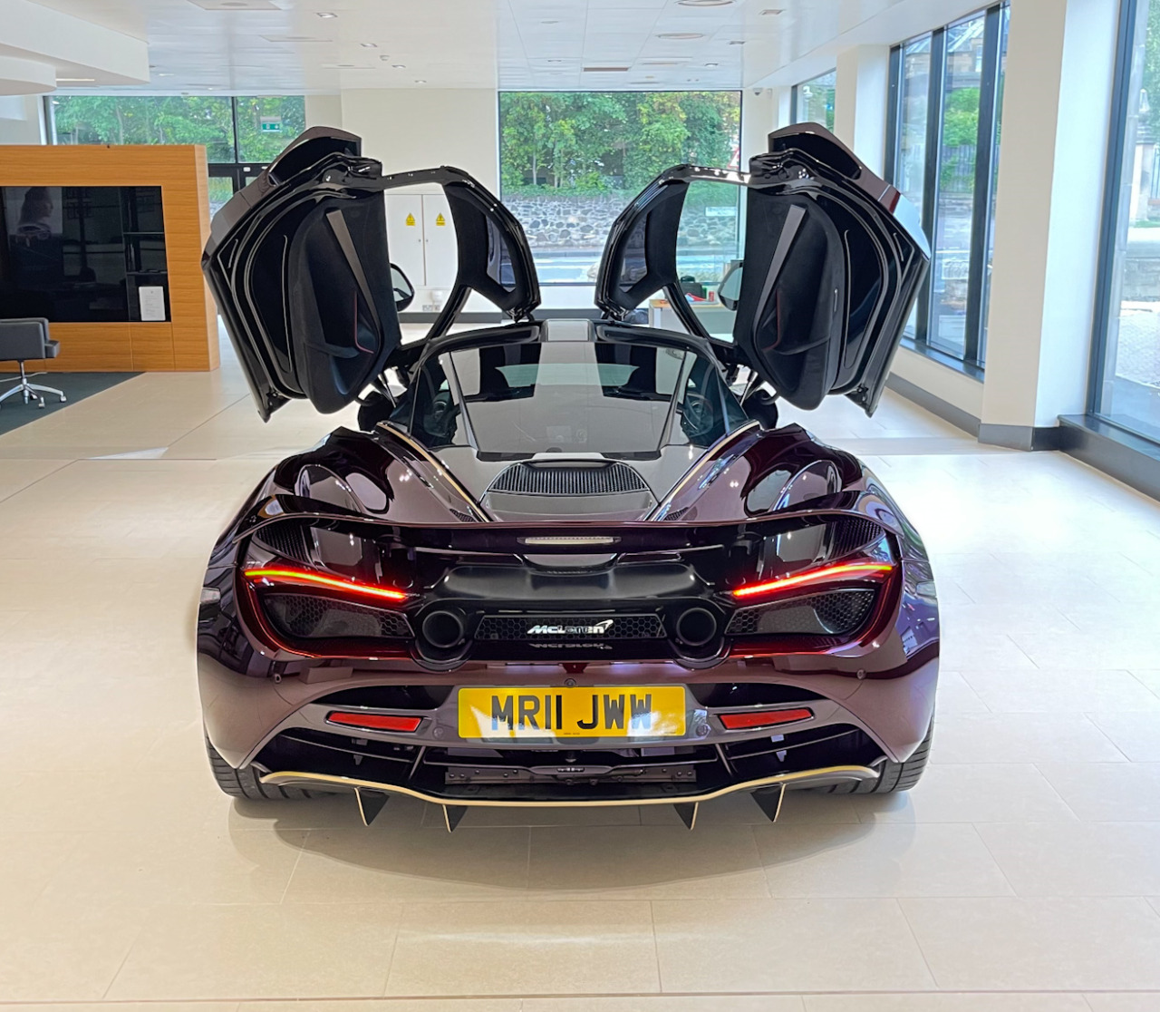 New Car 720S Images 2